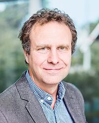 Fredrik_Pettersson02-HR-crop-small